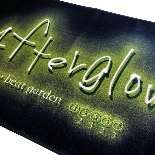 Afterglow ネオングラフィックタオル