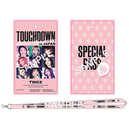 "TWICE DEBUT SHOWCASE ""Touchdown in JAPAN"" 《ONCE JAPAN限定盤 DVD》"