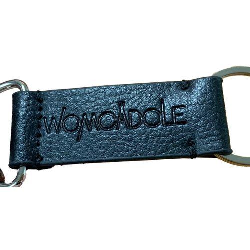 【WOMCADOLE】ロゴキーリング / 黒