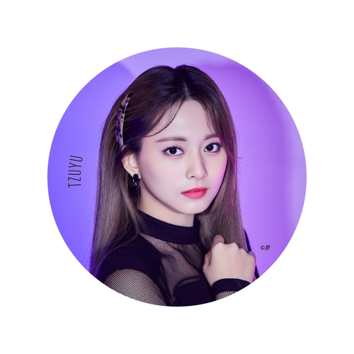 TWICE WORLD TOUR 2019 'TWICELIGHTS' IN JAPAN BIG缶バッチ【TZUYU】