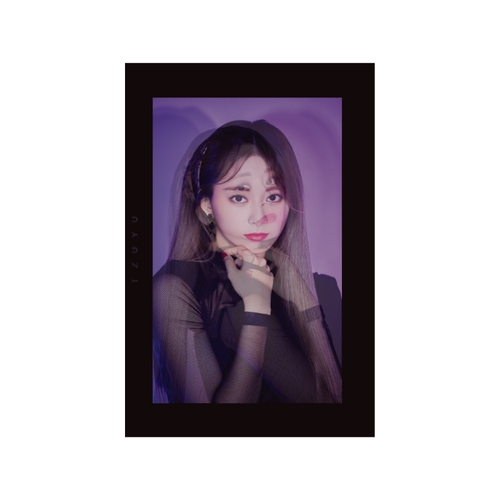 TWICE WORLD TOUR 2019 'TWICELIGHTS' IN JAPAN TWICE PHOTO BOOK 'TWICELIGHTS' 【TZUYU】
